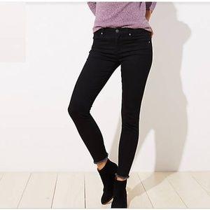 - LOFT  31 12 black fray hem modern skinny jeans